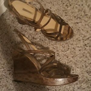 Max Studio Shoes - Last chance Snakeskin like wedges